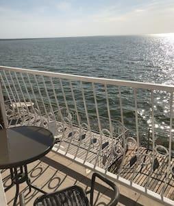 Эллинг, таунхаус на берегу Таганрогского залива.