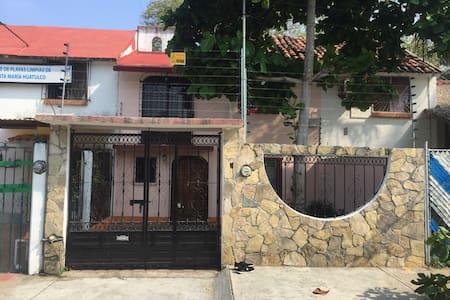 Casa en Huatulco, Oaxaca - Crucecita