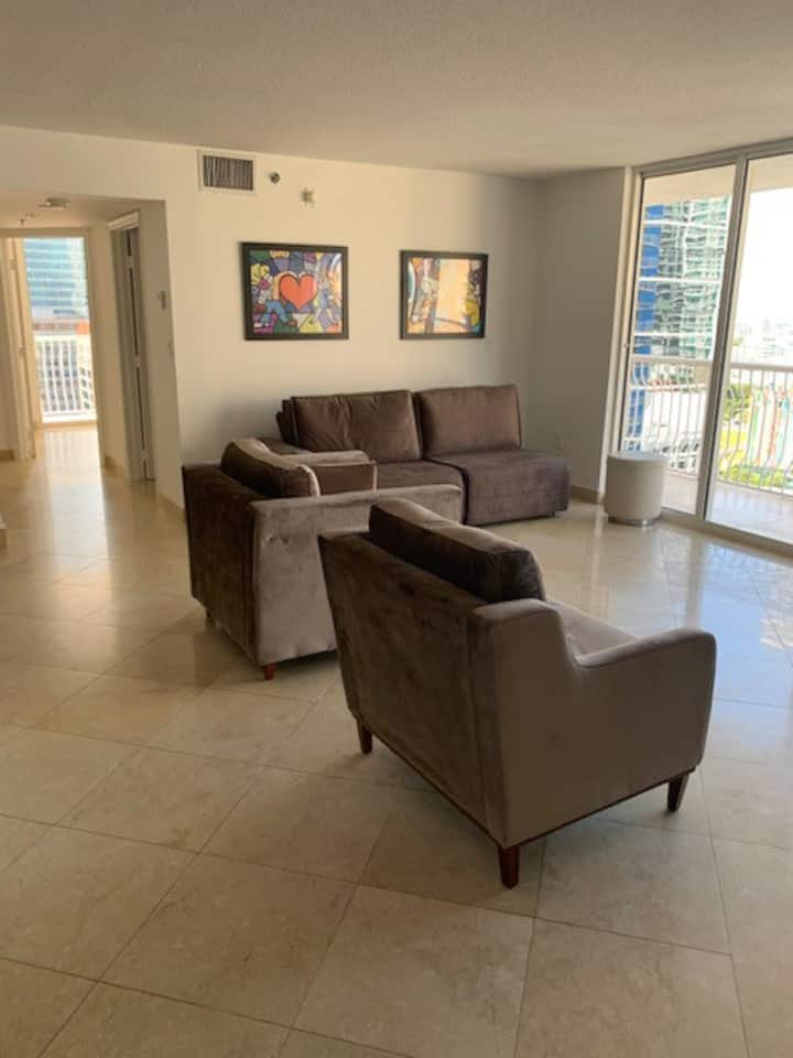 Amazing condo in the middle of Brickell