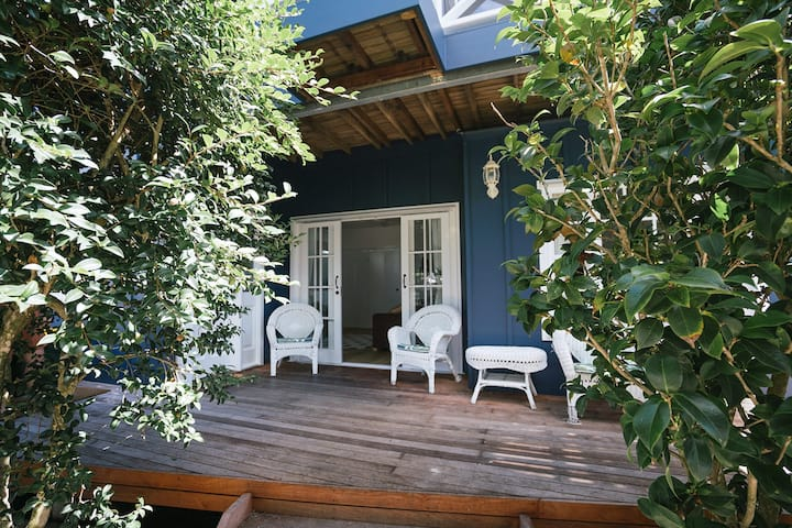 Camellia Cottage - Beautiful house, best location!