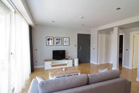 Elia Apartments Side / 102