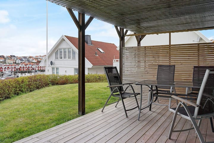 3 person holiday home in KUNGSHAMN