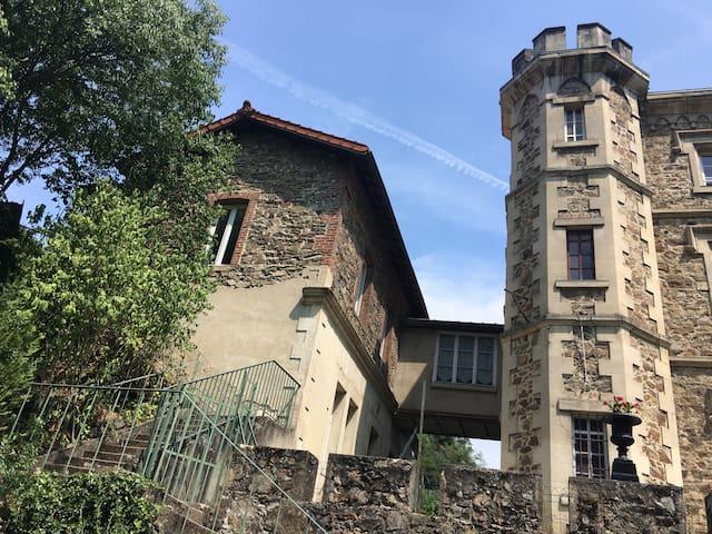 Maison du curé - Château de Rochetaillée