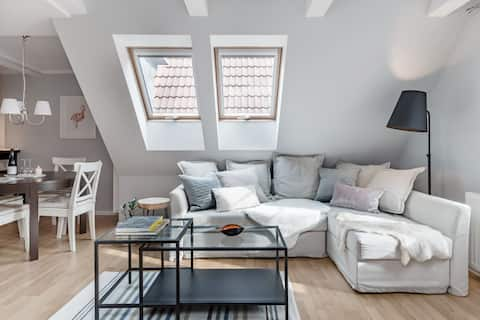 Attic Apartment in the Heart of Historic Old Town