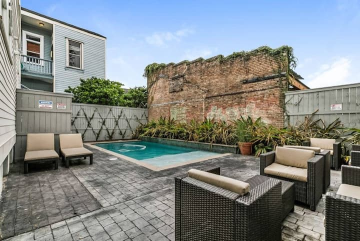Luxury 3bd house close to FQ & City Hot Spots