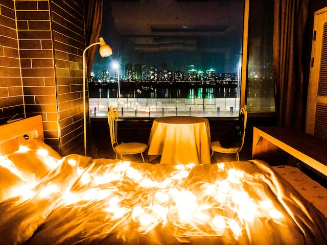 Amazing Han River View, Cozy Room, Good Location