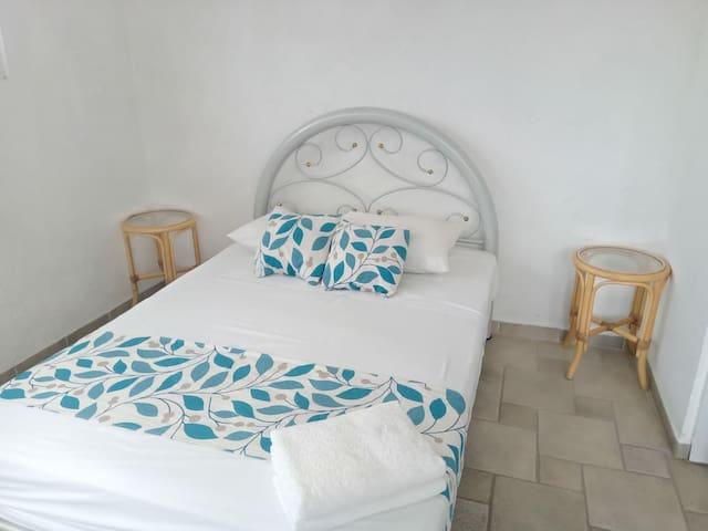 Recamara cama matrimonial
