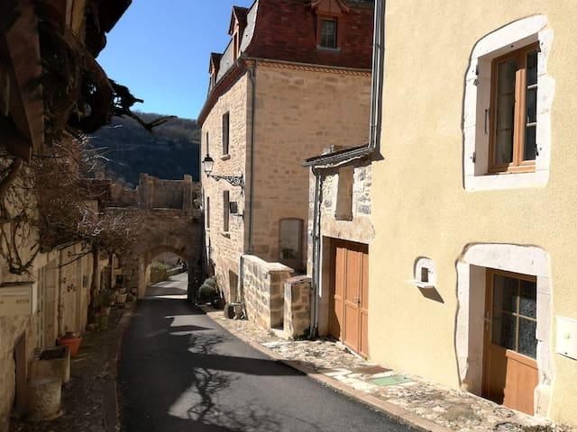 Maison dans la Cité de Rocamadour. WIFI