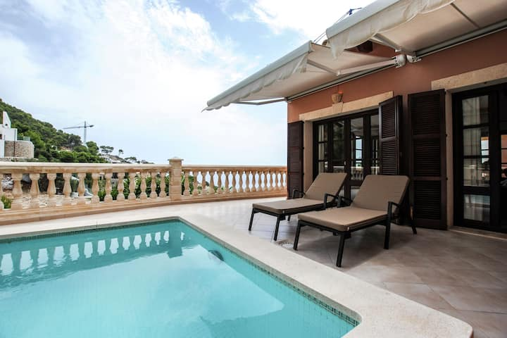 Gorgeous Villa in Capdepera Majorca with Jacuzzi