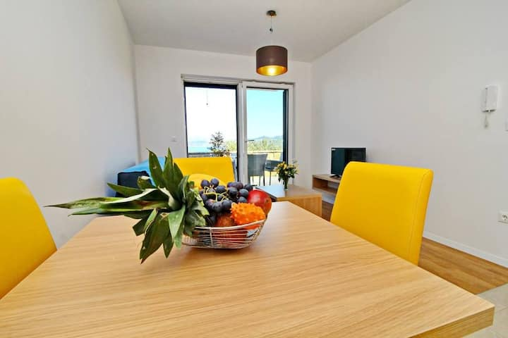 Kula - Two Bedroom Apartment with Terrace and Sea View C4