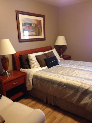 Pet Friendly in Niagara - Welland - Dom
