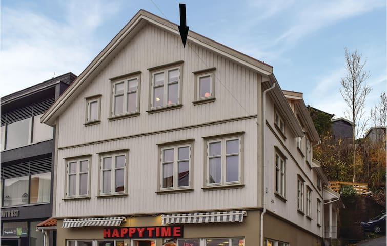 Holiday apartment with 3 bedrooms on 89m² in Tvedestrand