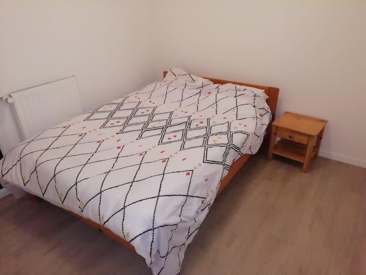 Chambre simple dans Appartement T2 - Tours Nord