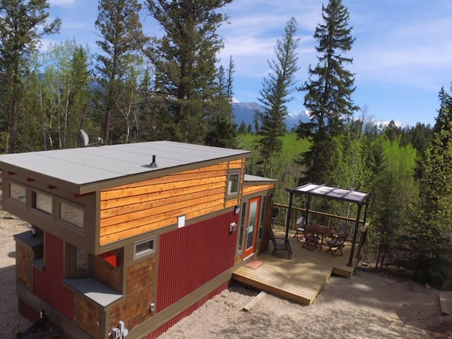 New Tiny House on Creekside Acreage - Invermere - Dům