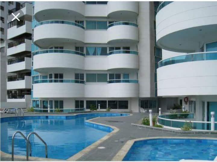 Apartamento amplio y acogedor  buenas vistas .