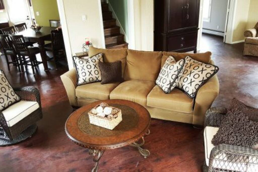 Comfy sofa spacious living room with 2 rocking swivel chairs
