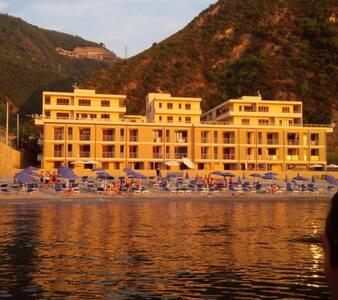 Complesso Mediterraneo - Bagnara Calabra - Huoneisto