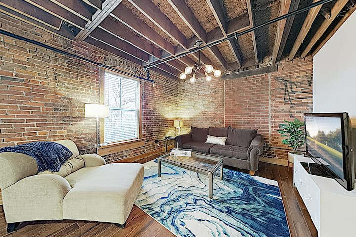 The 1865 | Historic Stylish Condo | Near Downtown