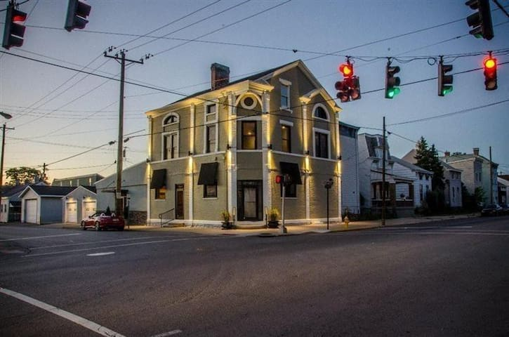 Newport Historic Building on the KY Bourbon Trail
