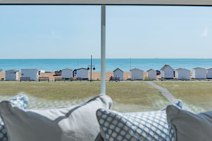 A Deal retreat. A Stunning home by the Sea