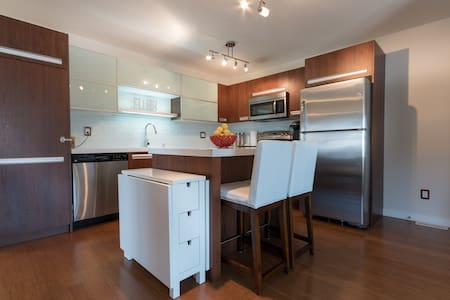Willowgrove Suite 403 at Gingerlofts