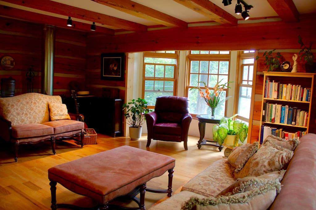 Beautiful serene setting for family gatherings, retreats and getaways.