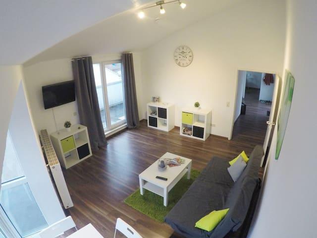 Loft Evergreen - Helle Wohnung mit Dachterrasse - Kassel - Apartemen