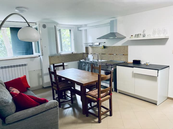 Appartamento zona residenziale, due passi dal mare