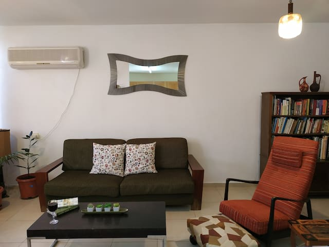 Cosy seaview urban apartment ❤️