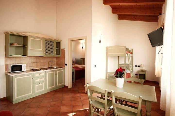 Two rooms apartment type B, a few km from the sea