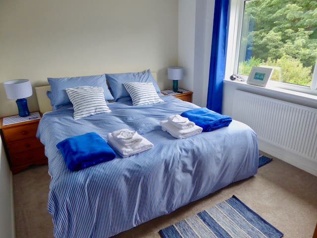 Kingsize double or twin beds