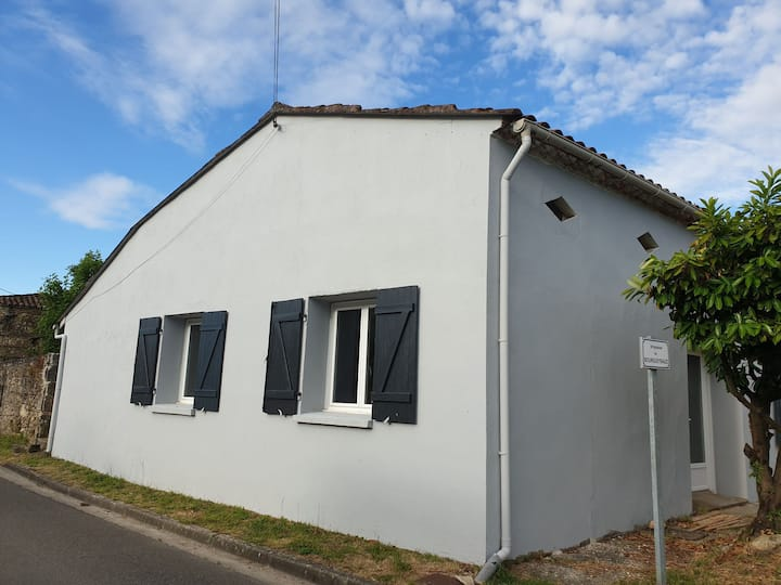 Maison atypique & charmante en Médoc