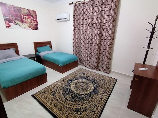 Rakan Apartment- Twin Bed Room