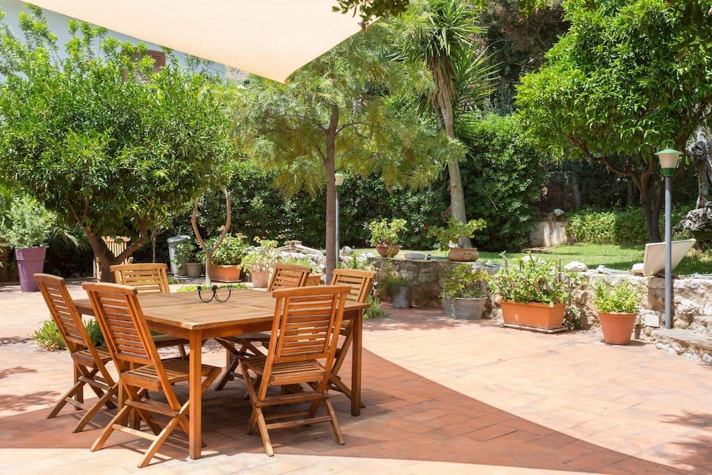 giardino ed arredi esterni garden and external furnitures