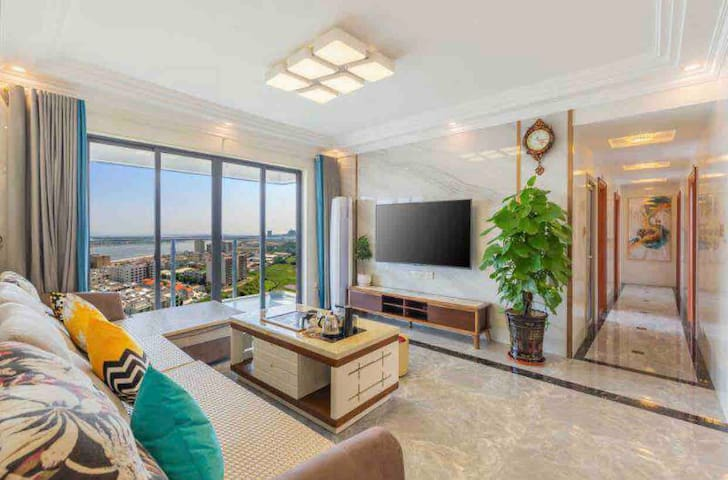 阳江沙巴岛豪华山海景公寓五房二厅(全新高层公寓 大阳台 配电动麻将、洗衣机、厨具)