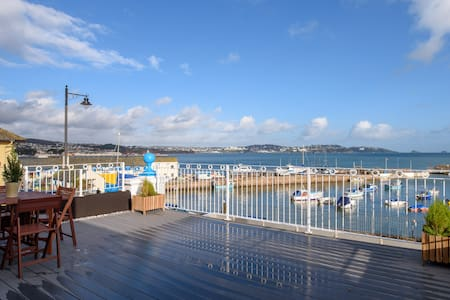 """Quayside View - """"Luxury on Paignton Harbour"""""""