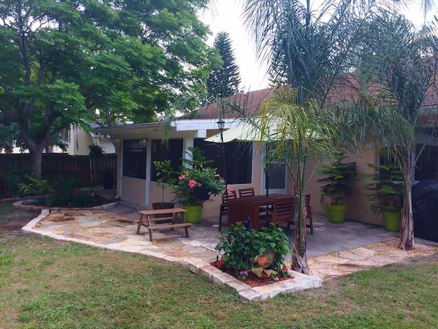 Longwood Home - Longwood - Casa