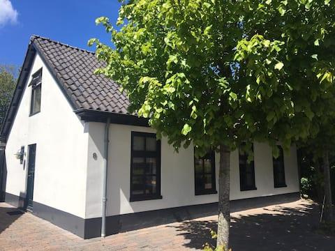"""Vakantiewoning """"de Wadloper"""" in Pieterburen"""