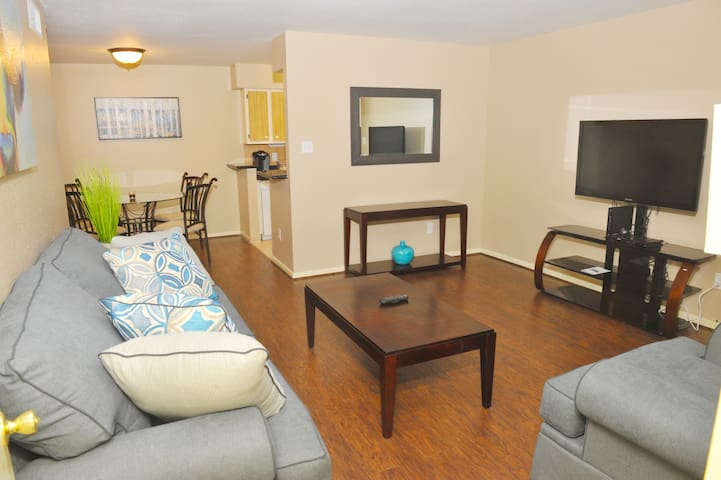 Appartment Bering & Westheimer 2 Min. to Galleria - Houston - Apartment