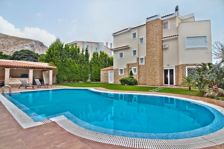 Villa Julia.Athens Reviera - Anavyssos - Villa