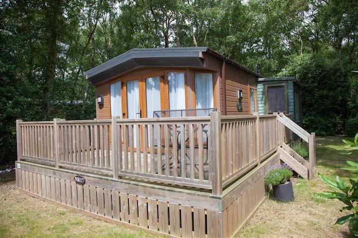 Kathy's Lodge - NR17