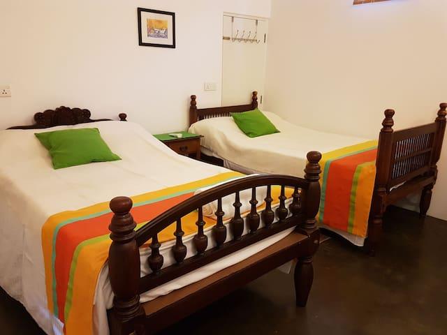 M&R'S Guest Apartment 1/1 - Colombo 10 - Apartament
