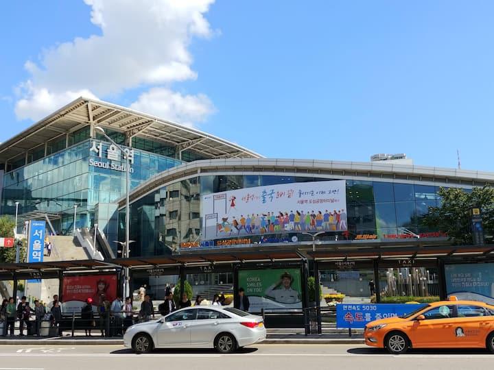 7017 W-House [Seoul STN Exit(15) 3min, Free Wifi]