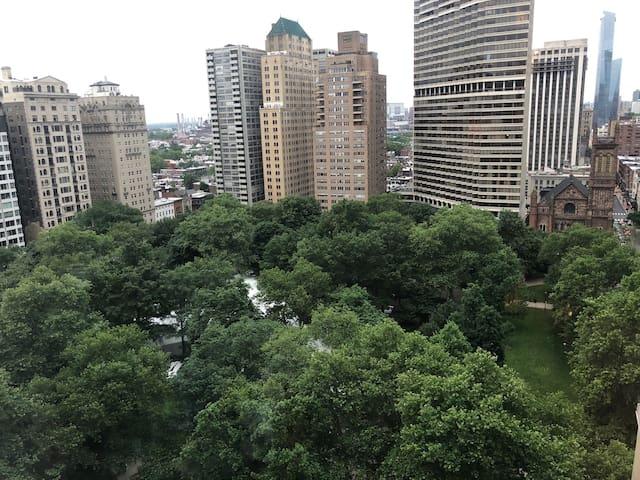 Corner Suite with Panoramic Rittenhouse Views