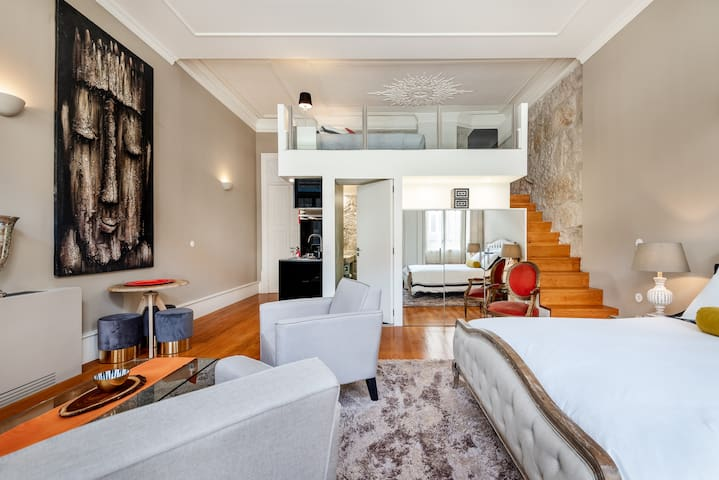 """ Wapa"" Suite duplex in  bourgeoise  Maison Cabral"