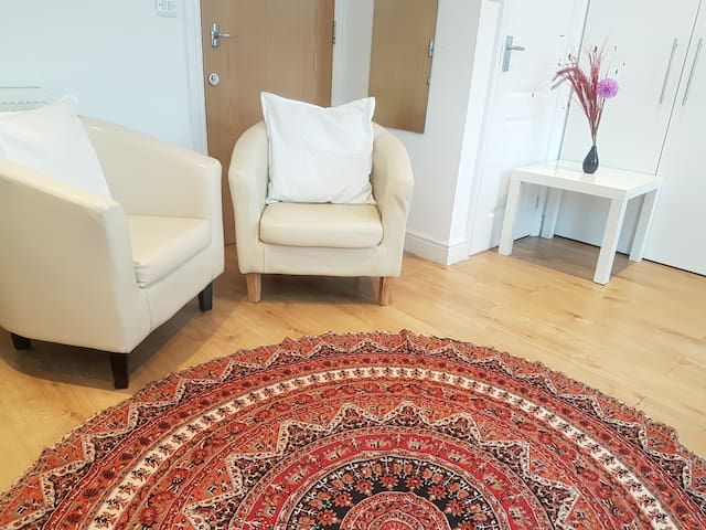 A Calm Space only 10 minutes to Central London