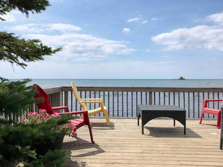 Lake Huron Hideaway, Waterfront