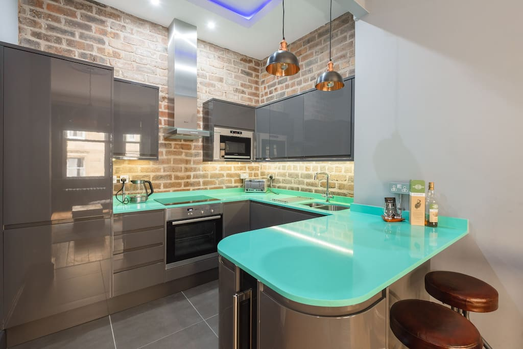 Fully integrated modern kitchen