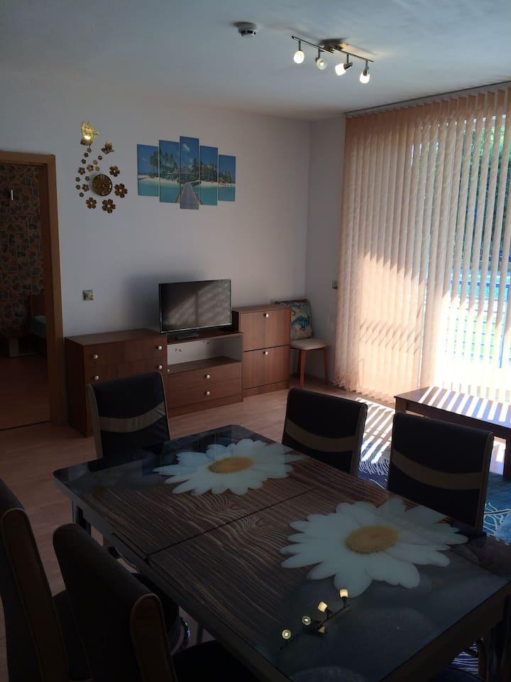Частен апартамент в комплекс Съни Дрийм, Балчик