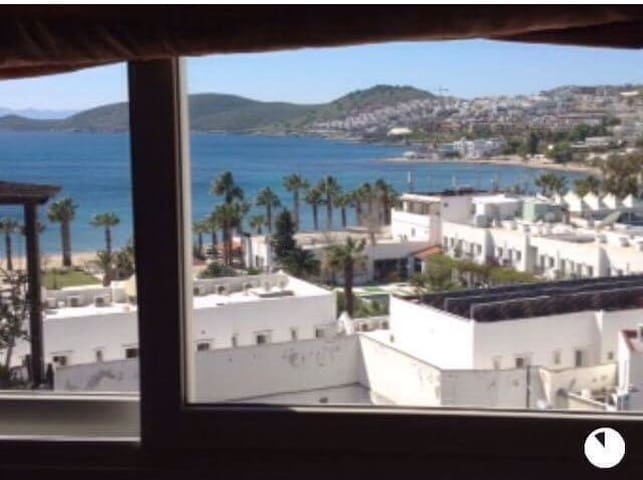 AMAZİNG LOCATİON &VIEW BODRUM - 博德魯姆 - 公寓
